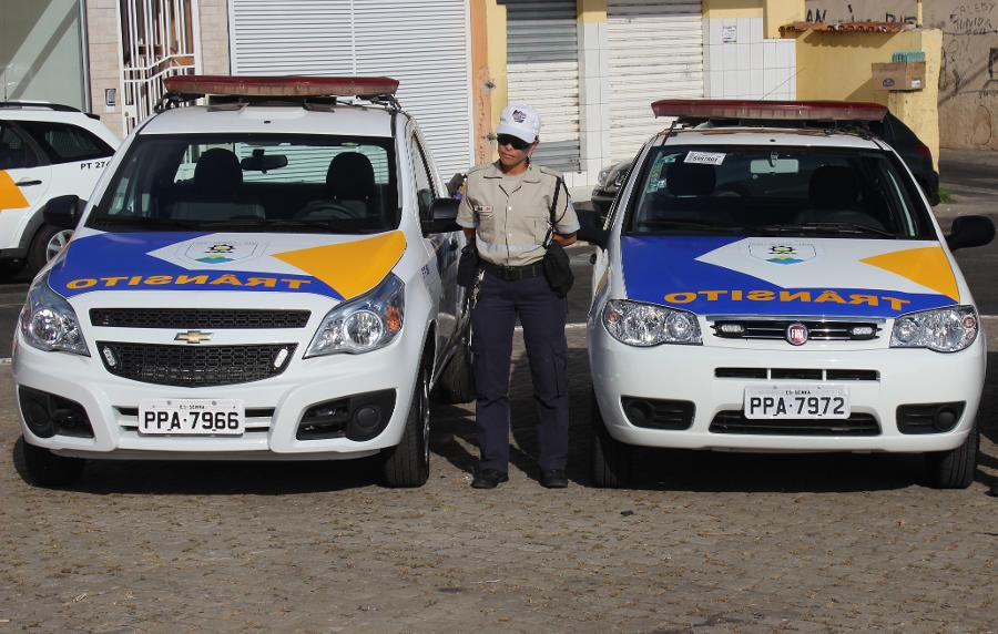 d1dd9b36cff8d Volta às aulas  Guarda Municipal orienta motoristas e alunos no trânsito