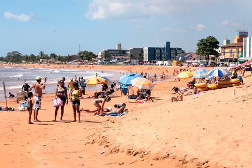 Serra abre 51 vagas para ambulantes no verão