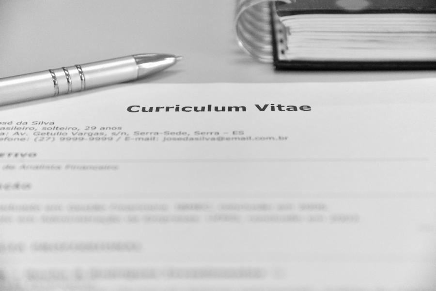 Cinco passos para preparar um bom currículo
