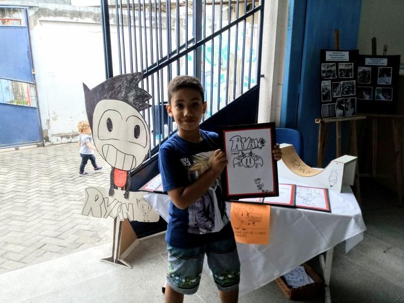 Aluno autista produz revistas em quadrinhos na Serra
