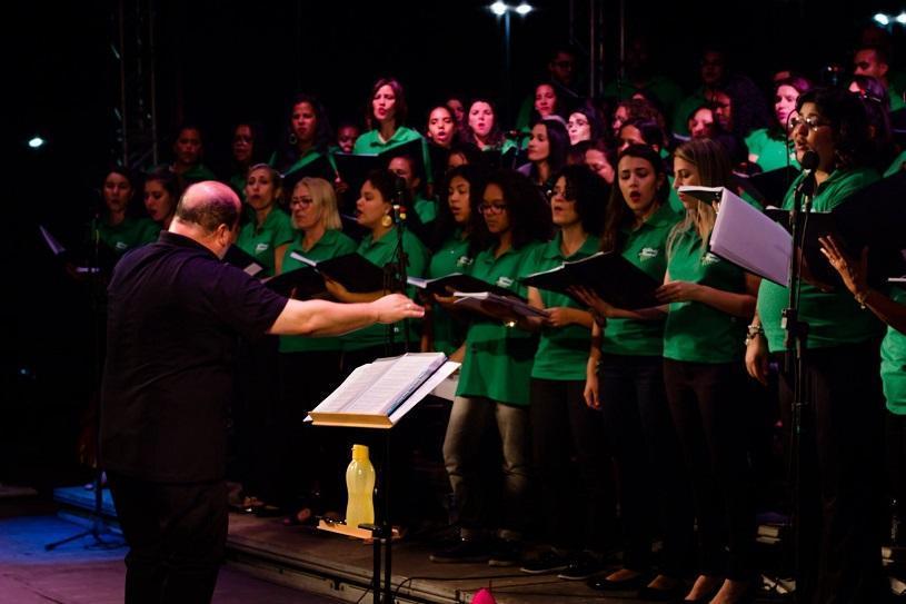 Cantata de Natal em Serra-Sede com 200 vozes
