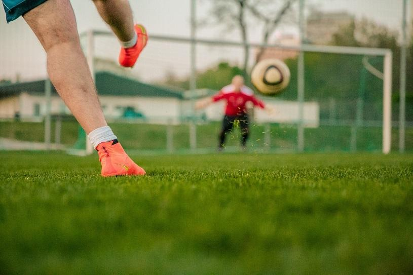 Torneio de futebol society agita Nova Almeida