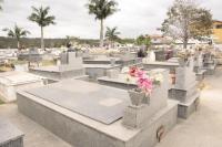 Familiares podem realizar limpeza e reparos nos túmulos até 1º de novembro