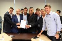 Governo e prefeitura anunciam novas ciclovias e sinalização na Serra