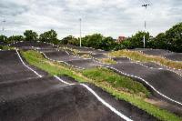 Lixão vira uma das maiores pistas de bicicross do Brasil