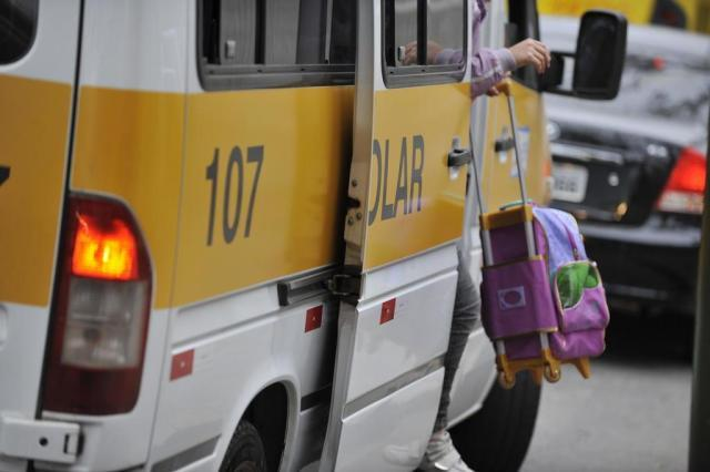 Inscrição aberta para motorista e monitor de transporte escolar