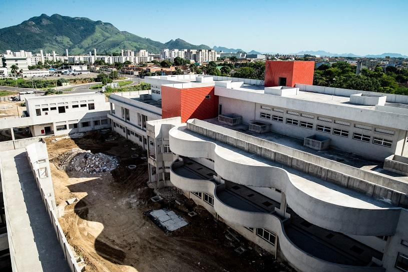 A Serra que não para de crescer: confira as 20 maiores obras em andamento no município