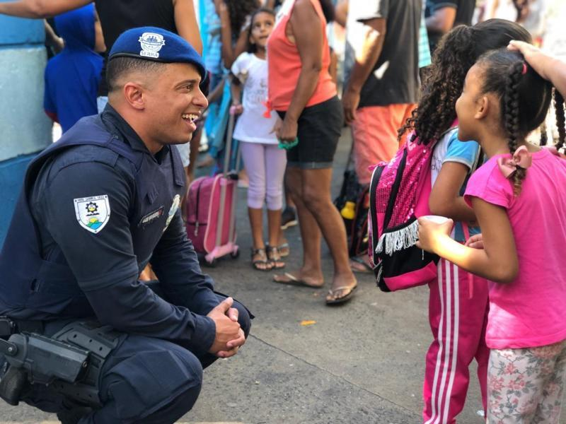 Defesa Social promove ação conjunta em escola de Jacaraípe