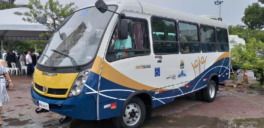 Prefeitura doa ônibus adaptado para Apae Serra nesta quarta (19)