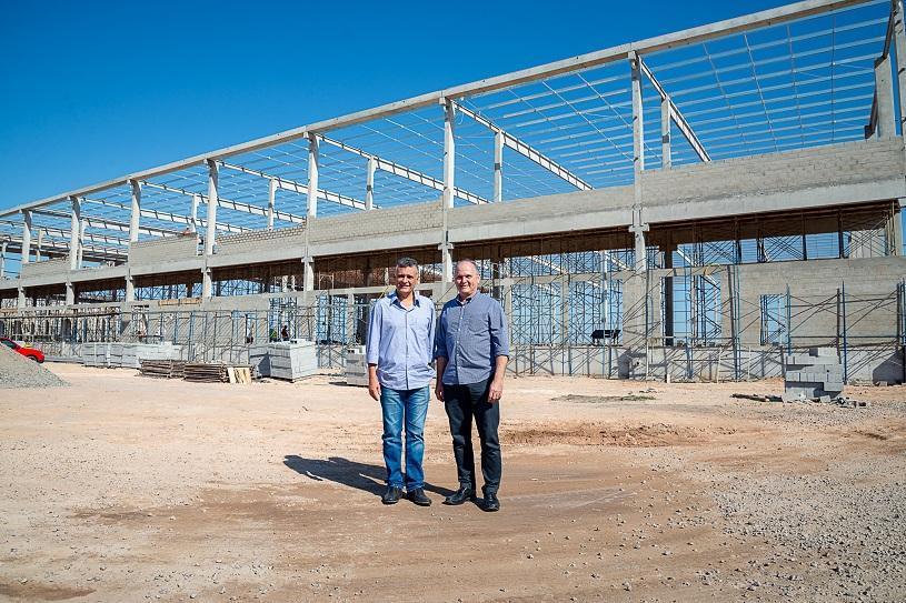 Novas empresas vão gerar mais de 2 mil empregos na Serra