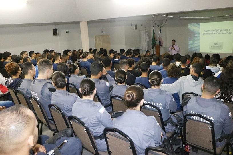 Agentes da Guarda Municipal participam de capacitação sobre cyberbullying