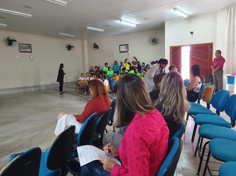 Conselheiros de escola passam por treinamento na Serra