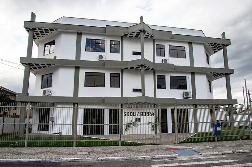 Curso gratuito para servidores da Educação da Serra