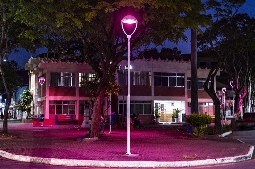 Outubro Rosa: Serra ganha iluminação especial para alertar sobre o câncer de mama