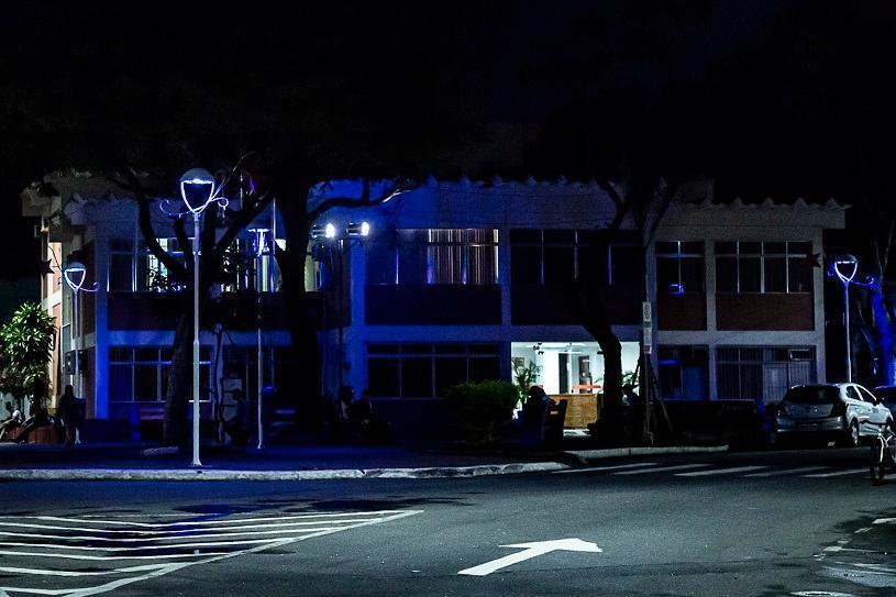 Novembro Azul: Serra ganha iluminação especial para alertar sobre o câncer de próstata