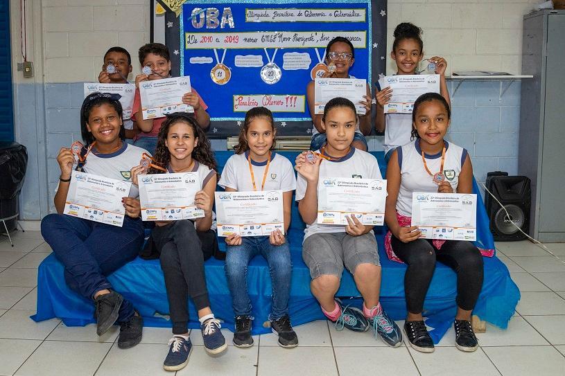"""Escola se torna """"fábrica de bons resultados"""" em Olimpíada Brasileira de Astronomia e Astronáutica"""