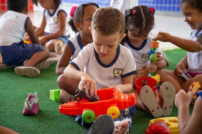 Oito dicas que ajudam na adaptação da criança na escola