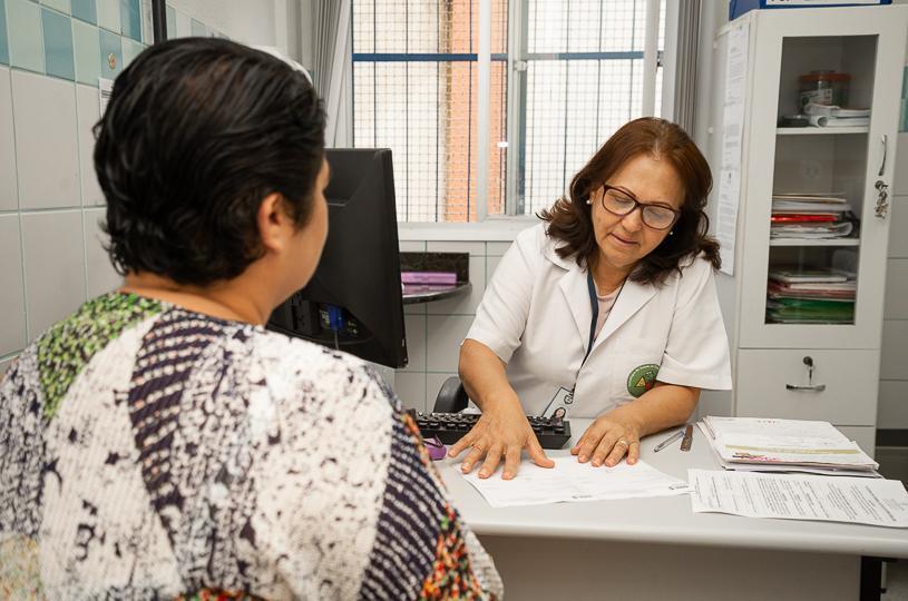 Cinco unidades de saúde abertas neste sábado (15)