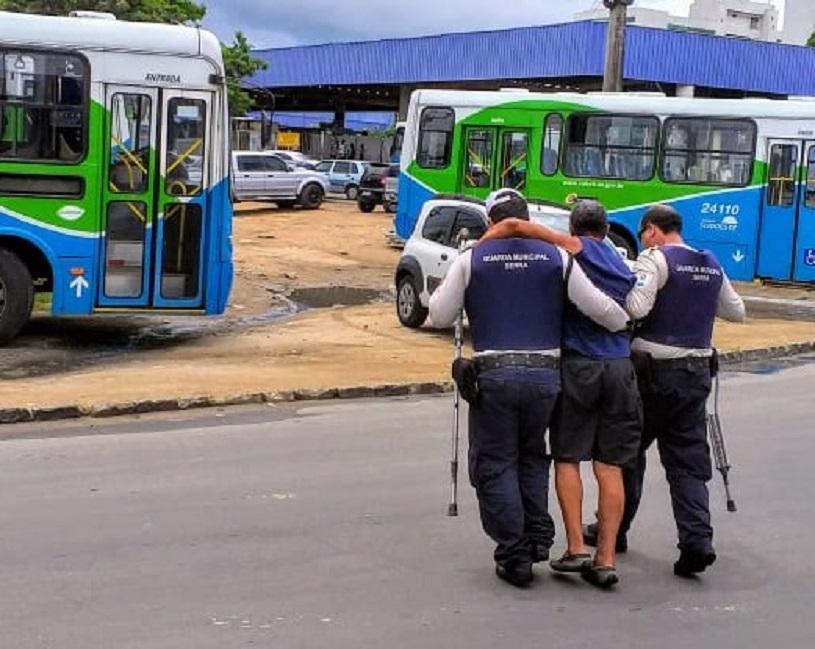 Mais que fiscalizar o trânsito: agentes da Serra também salvam vidas