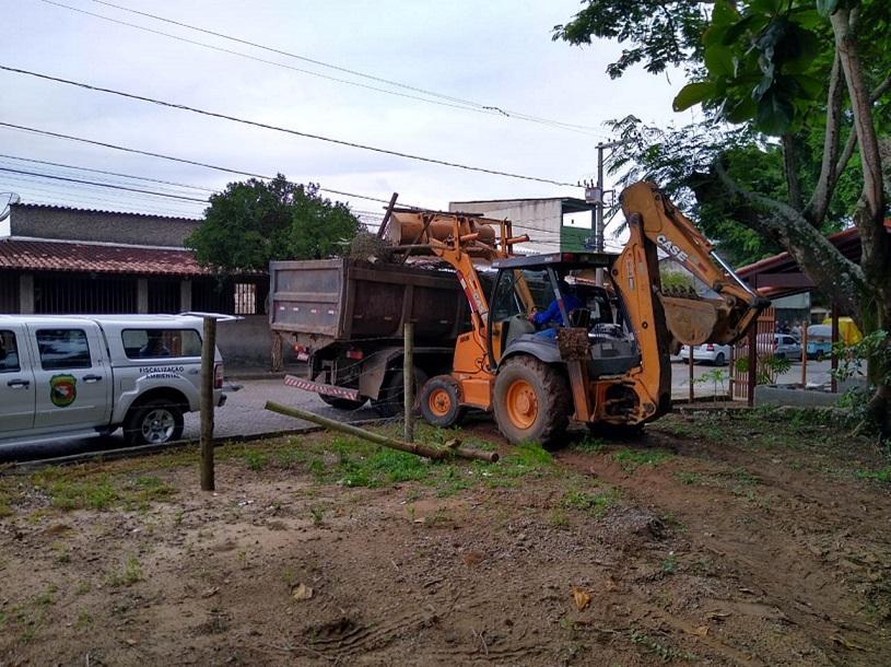 Prefeitura realiza ação para conter ocupação irregular em Mata da Serra