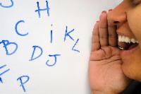 Professores aprendem a exercitar e prevenir doenças da voz
