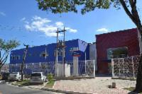 Aulas de graça de teatro e futebol para crianças e adolescentes da Serra