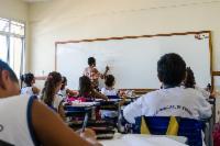 Escola ensina homens a combater o machismo